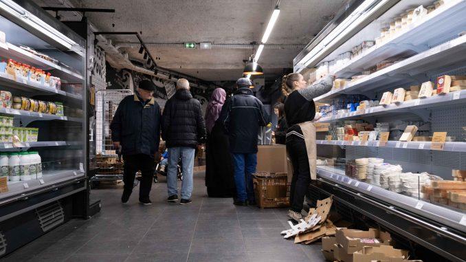 Le magasin de la rue du Pré-Saint-Gervais est le premier implanté à Paris. Cinq autres boutiques existent en Bretagne.